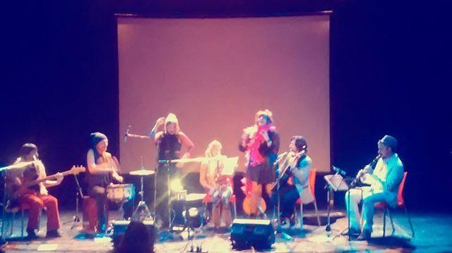 Divas de Divan en el Centro Cultural Konex con Coronados de Gloria